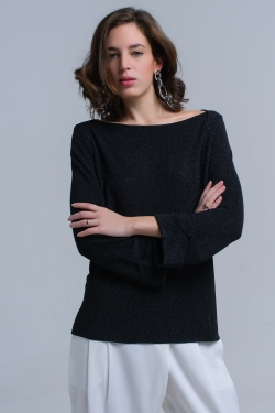 Black ribbed sweater with turn-up cuffs